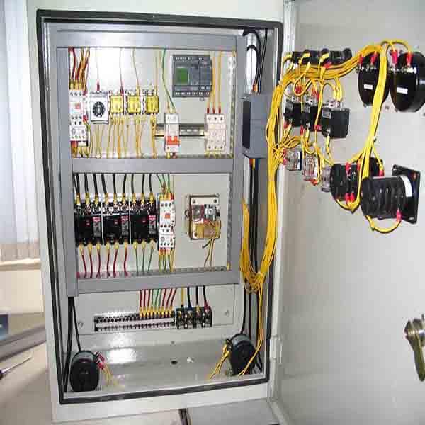 tủ điện điều khiển bằng tay