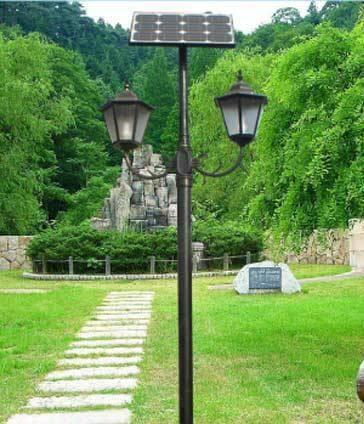 Cột đèn sân vườn năng lượng mặt trời