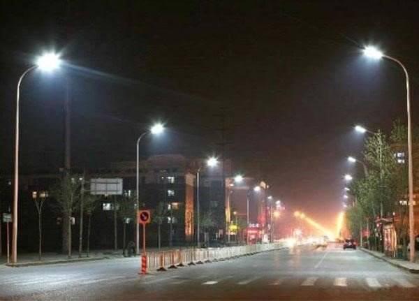 Vì sao nên chọn đèn đường led ánh sáng vàng?