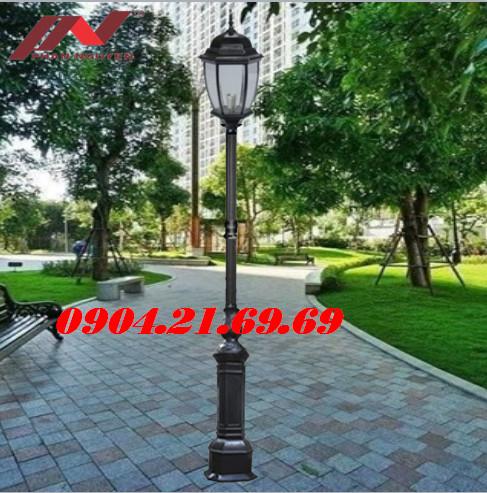 Cột đèn sân vườn DC05B lắp bóng led
